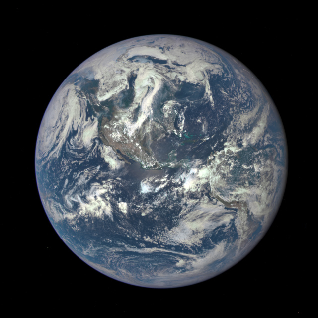 Dscovr-earth-image